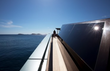 Le Wally Power est parmi les bateaux à moteur les plus rapides du monde, car il est équipé de deux turbines de jet © Guillaume Plisson / OCEAN71 Magazine