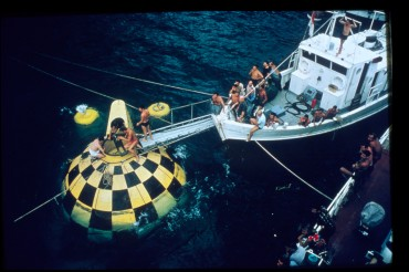 "The spherical metallic structure of ""Conshelf III"" is being prepared off the coast of Saint-Jean-Cap-Ferrat © The Cousteau Society"