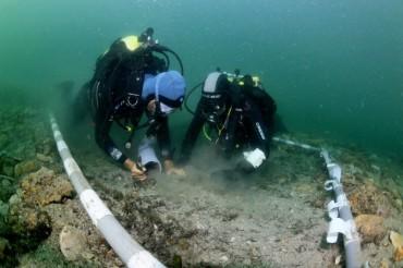 Les fouilles subaquatiques au pied du Palais du Pharo ©Grasm