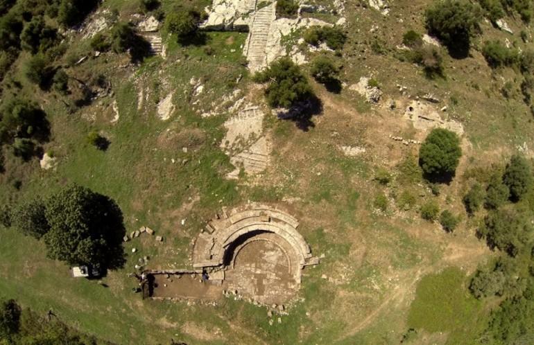 vue aérienne du site d'Orikum (OCEAN 71)