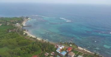 C'est vues depuis le ciel que le visiteur se rend le plus compte de l'état de préservement des Corn Islands © Andy Guinand / OCEAN71 Magazine